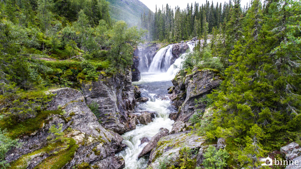 Rjukandefossen - Beautiful waterfall in Hemsedal, Norway